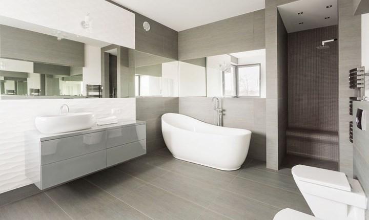 Manutenzione straordinaria bagno e installazione sanitari