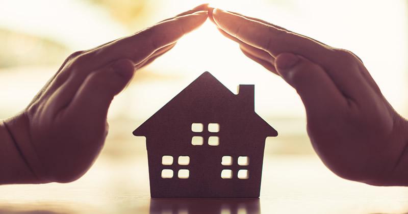 Differenza tra sanatoria edilizia e condono: abusi edilizi