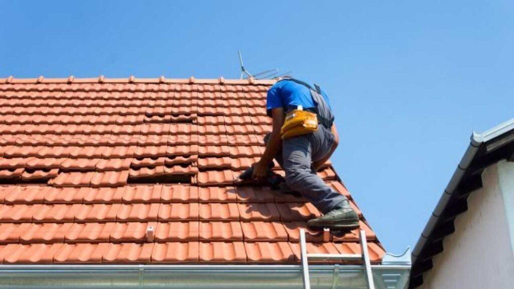 Autorizzazioni rifacimento tetto: manutenzione ordinaria